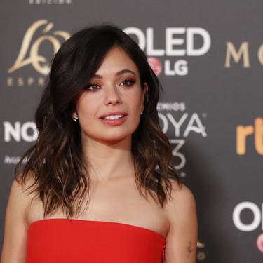 Premios Goya 2019: Anna Castillo muy sexy en rojo, aunque con alguna talla de más