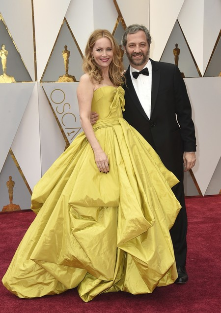 Leslie Mann Oscars 2017 zac posen