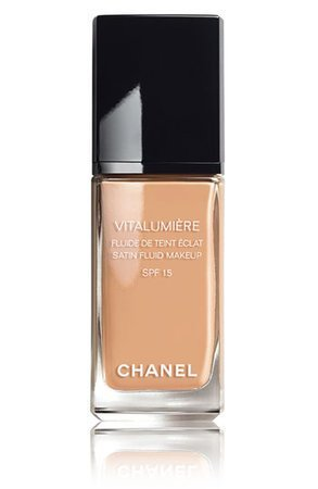 chanel-vitalumiere-satin-smoothing-fluid-makeup-spf-15-profile.jpg