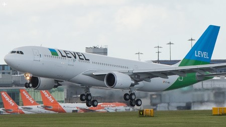 Colombianos podrían viajar a Europa en una nueva aerolínea de bajo costo