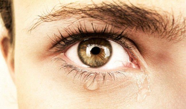 Como prevenir la aparición de las arrugas alrededor de los ojos