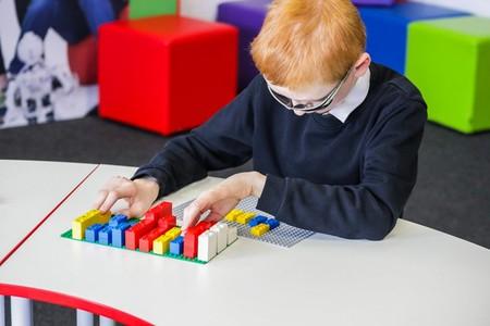 Lego Braille 8