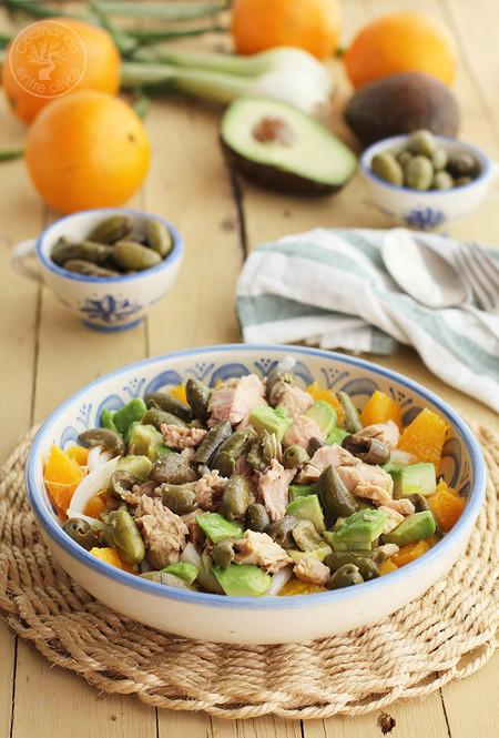 Ensalada De Naranja Aguacate Atun Y Aceitunas Receta 1