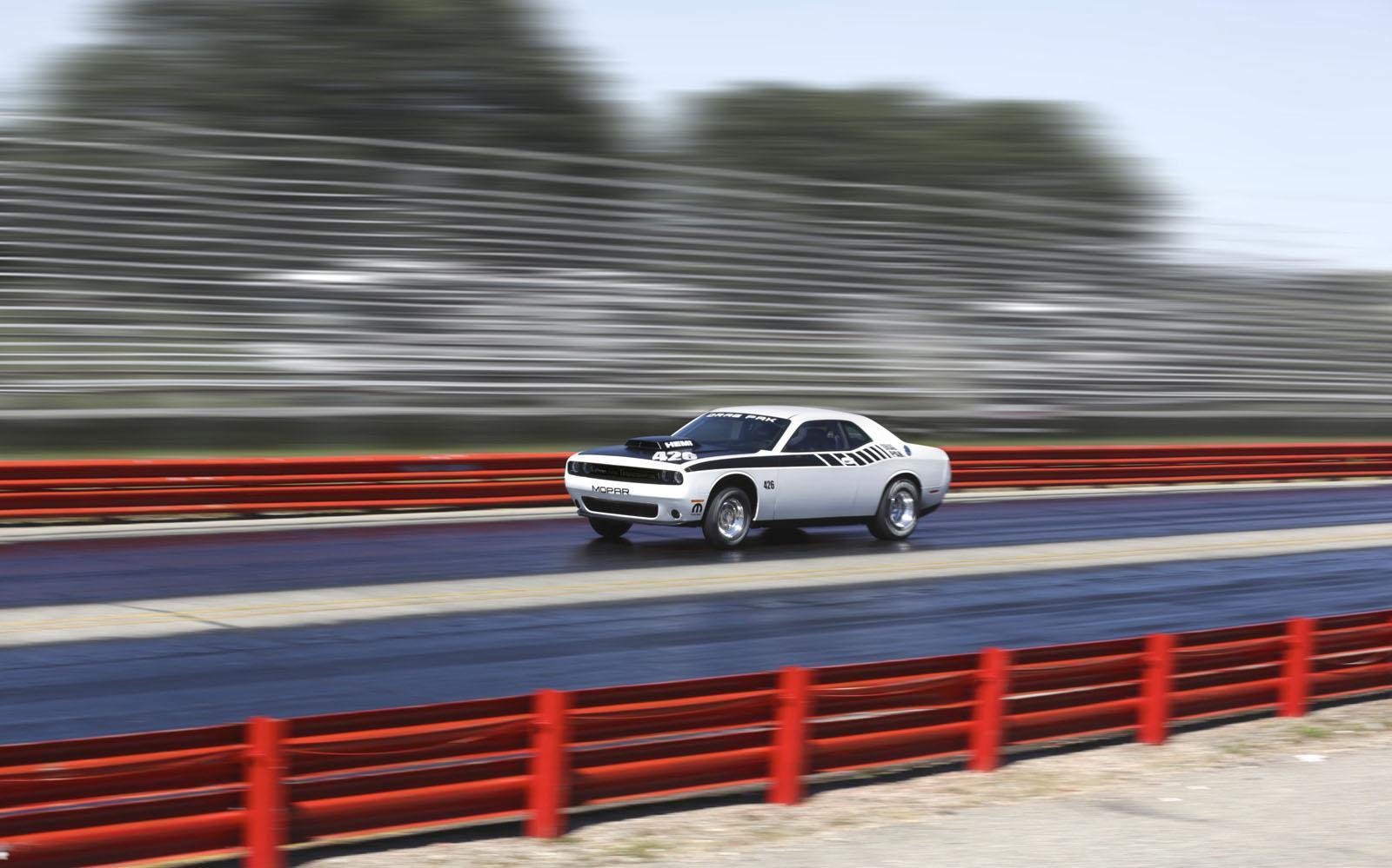Foto de Mopar Dodge Challenger Drag Pak (7/8)