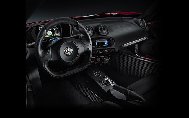 Foto de Alfa Romeo 4C llegará a México en 2014 (21/21)