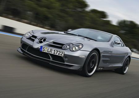¿Eres fanático de Mercedes y Michael Jordan? ¡Este es el auto que estás buscando!