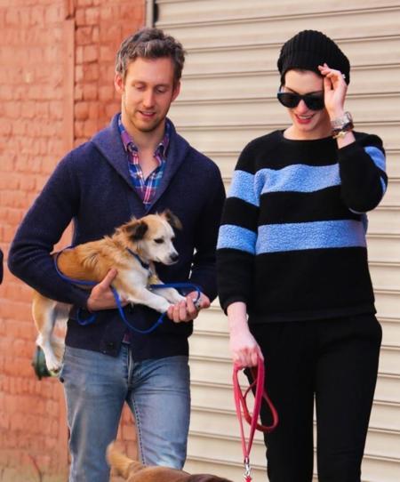 Hip, hip... ¡hipster! a Anne Hathaway y su marido