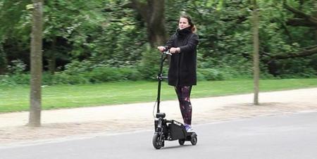 Trikelet, la inteligencia alcanza hasta el plegado del patinete eléctrico