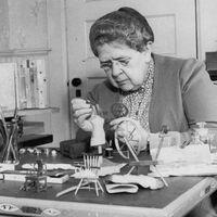 La mujer que revolucionó la ciencia forense con maquetas de crímenes imposibles en casas de muñecas