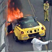 Este 599 es el primer Ferrari de la Fórmula Drift, y verlo arder en su debut es puro dolor