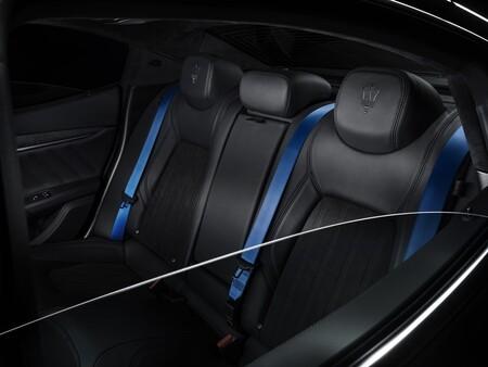 Maserati Ghibli Operanera Operabianca 2021 001