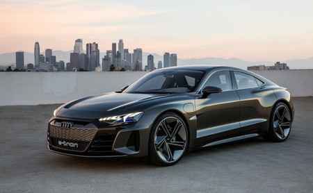 El Audi e-tron GT Concept quiere ser el Gran Tourer favorito de los acaudalados con sus 590 hp y 400 km de autonomía