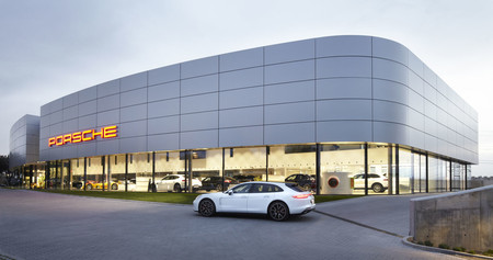 De concesionario a centro de experiencias, así es la nueva propuesta de Porsche para sus clientes y fans
