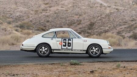 Porsche 911 R 1967 3