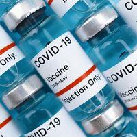 La vacuna de Pfizer contra COVID está por llegar a adolescentes: FDA la aprobará tan pronto como la próxima semana según NYT