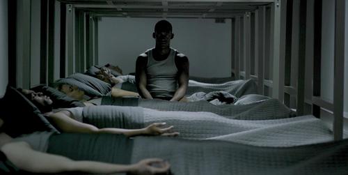 'Black Mirror': La deshumanización de la guerra en 'Men Against Fire'
