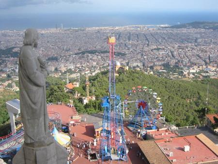 Barcelona a vista de pájaro: vuelos turísticos en helicóptero