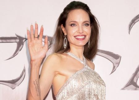 Angelina Jolie sabe cómo deslumbrarnos y así lo ha hecho en la presentación de Maléfica en Tokio