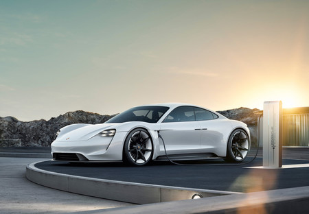 Así será el Porsche Taycan: el primer coche eléctrico de Porsche que competirá con el Tesla Model S
