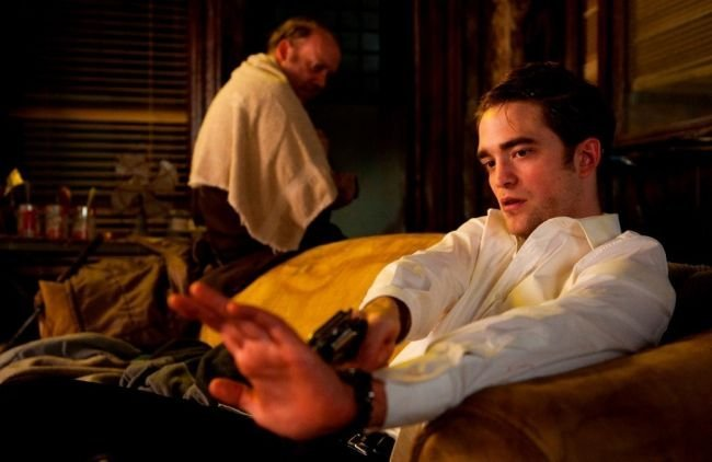 Pattinson y Giamatti en una escena de Cosmopolis