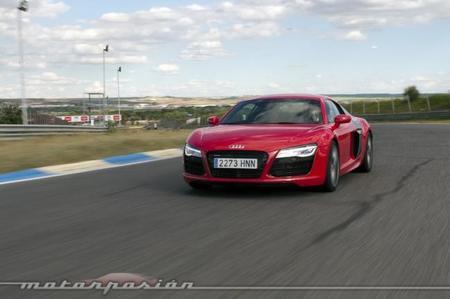Audi R8 V10 S-Tronic, prueba (equipamiento y seguridad)