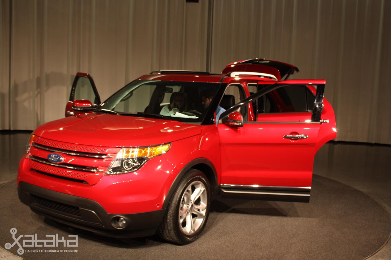 Foto de Ford Sync y MyFordTouch, el nuevo interfaz de Ford para coches (1/23)