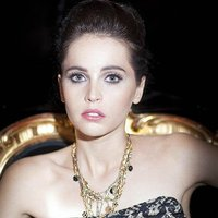 Felicity Jones ficha por D&G para sus campañas de belleza