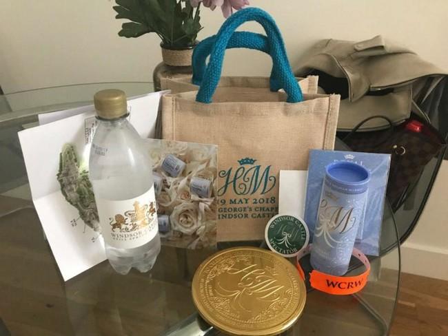 El príncipe Harry y Meghan Markle entregaron esta bolsa con regalos a sus invitados (y ya hay algunas a la venta en eBay)