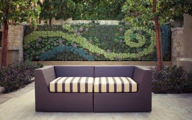 Una buena idea crear murales con jardines verticales for Jardines murales