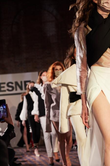 Así viven la emoción de su desfile en la Mercedes Benz Fashion Week los alumnos de Diseño de Moda de ESNE