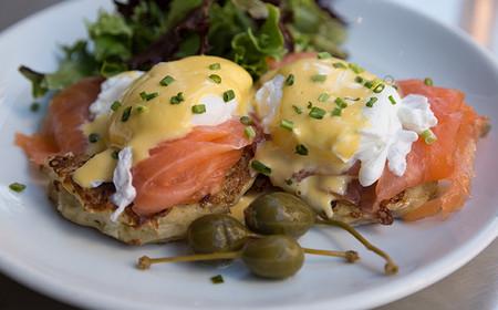 Huevos Benedictinos Con Salmon