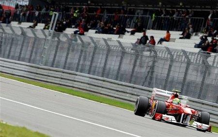 GP de Alemania F1 2011: Felipe Massa y el lastre de sus paradas en boxes