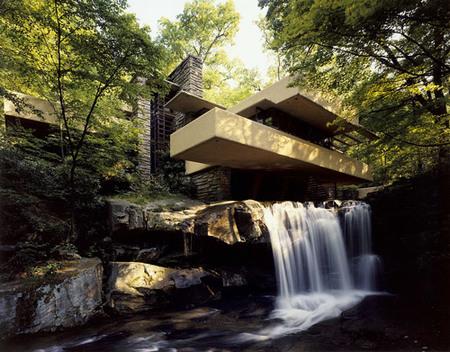 Casa de la cascada - vista exterior