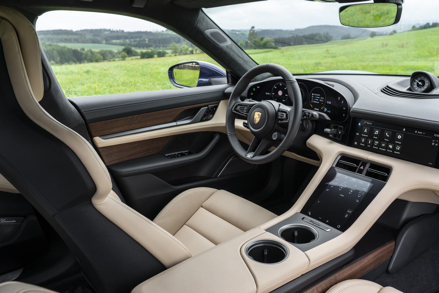 Foto de Porsche Taycan prueba contacto (40/275)