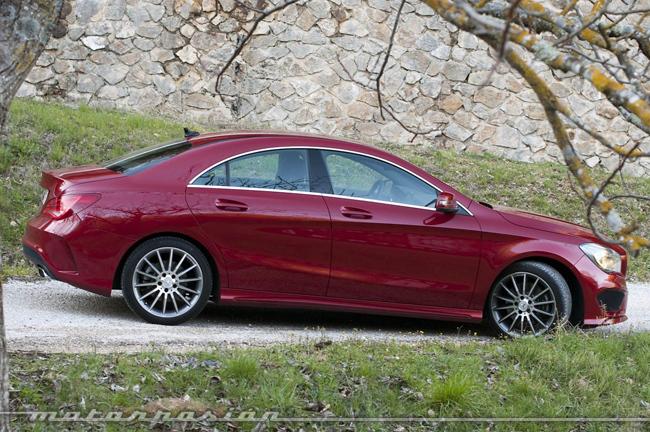 Foto de Mercedes-Benz Clase CLA (presentación) (36/40)