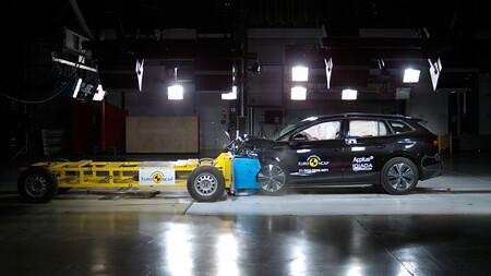 Volkswagen ID.4 y Skoda Enyaq iV: cinco estrellas en los test de choque de Euro NCAP