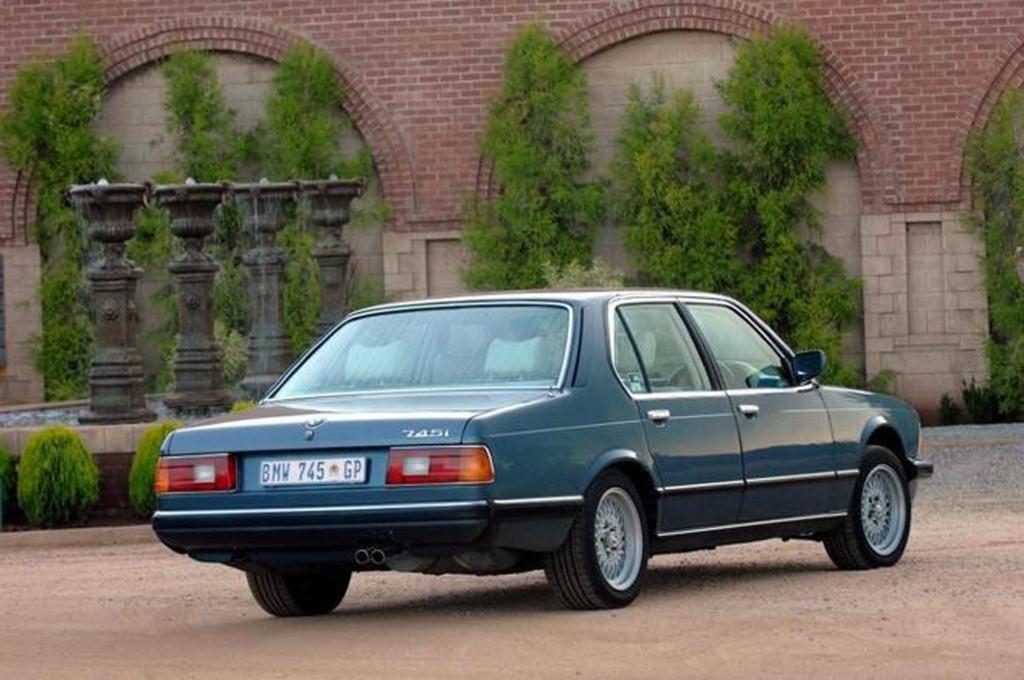 BMW 745i SA