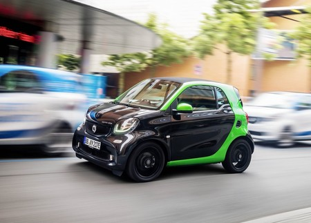 Smart Fortwo Electric Drive 2017 1280 07