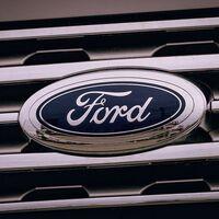 Ford se pone en manos Google para digitalizar su producción y automatizar la conducción de sus vehículos