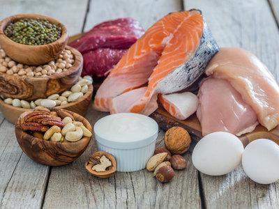 La realidad sobre las proteínas en tu entrenamiento: los 13 aspectos que debes conocer