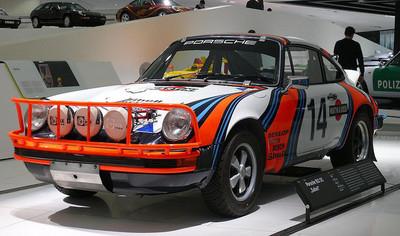 Porsche podría presentar un 911 para países con malas calles