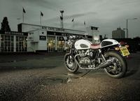 Triumph Thruxton Ace, esencia del Cafe Racer