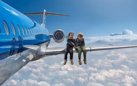 Un fotógrafo convierte a su hijo en el protagonista de los fotomontajes más increíbles