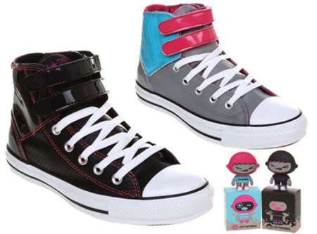Las Converse de Offspring con art toy de regalo