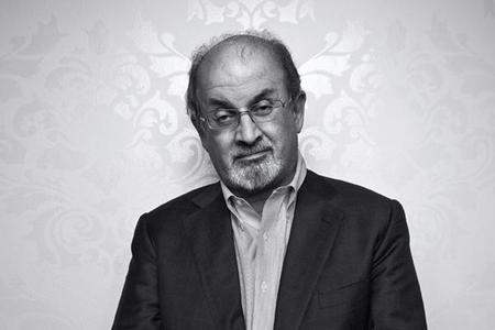 Salman Rushdie protagoniza un videojuego un poco macabro
