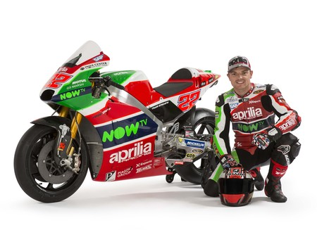 Aprilia Racing Team Gresini Rs Gp 2017 009
