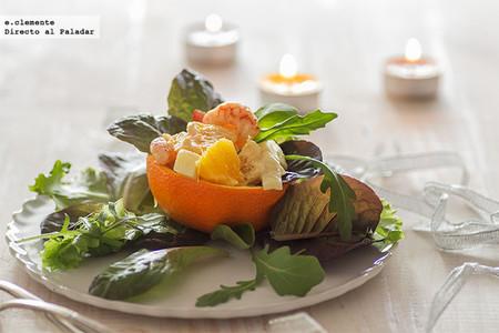 Ensalada de frutas y langostinos