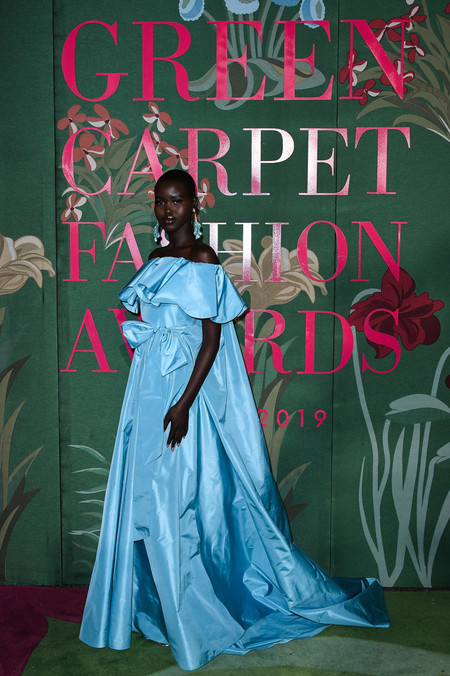 Adut Aketch green carpet fashion awards 2019