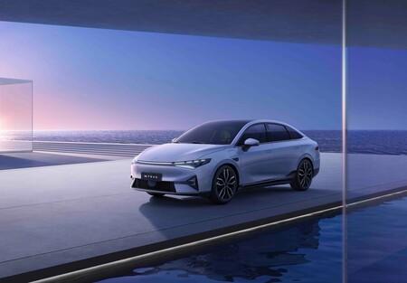Xpeng Motors desvela el P5: la alternativa china al Tesla Model 3 con su propio Autopilot
