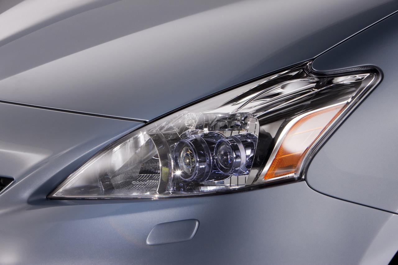 Foto de 2011 Toyota Prius v (38/77)